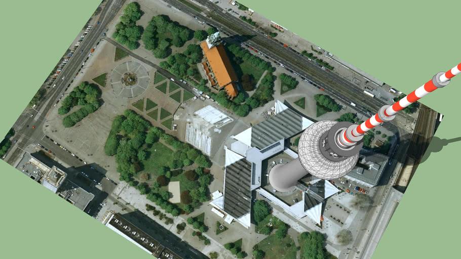 Berliner Fernsehturm / TV - Turm Alexanderplatz