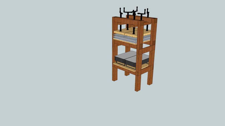 Veneer press with platen heaters