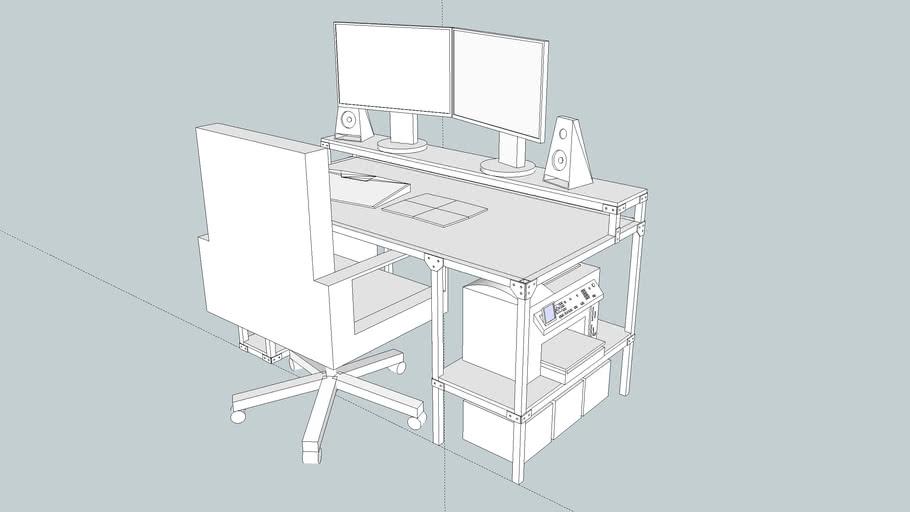 Dual / Tri monitor computer desk