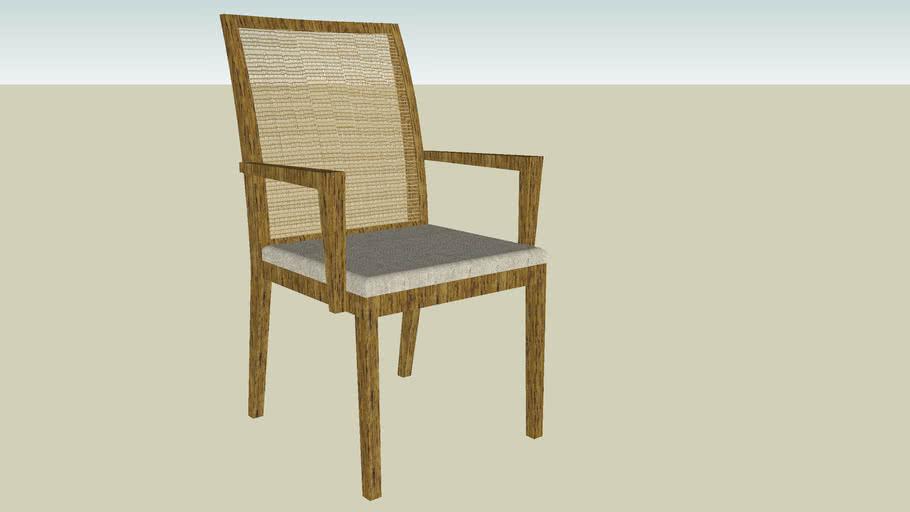 Cadeira com apoio de braços