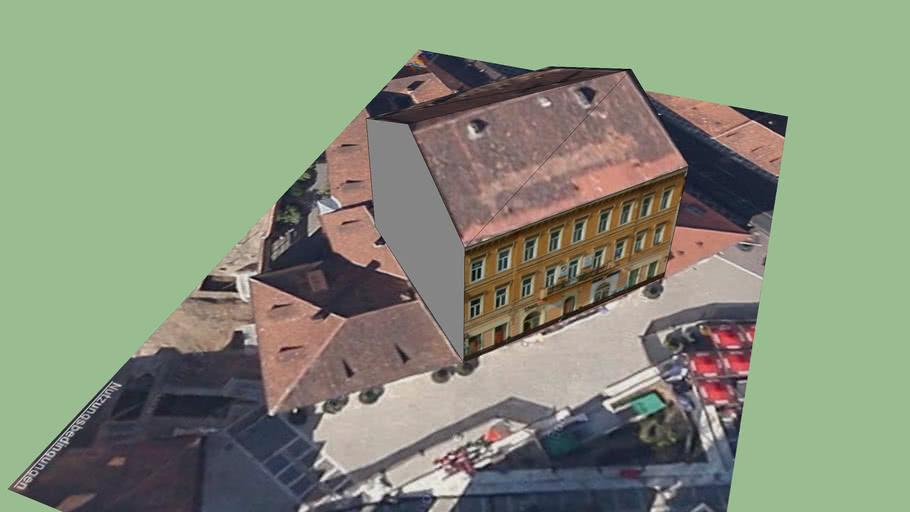 Building on Piata Sfatului, Brasov