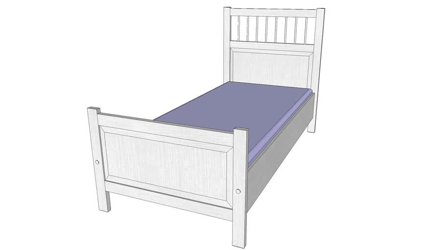 BED IKEA HEMNES