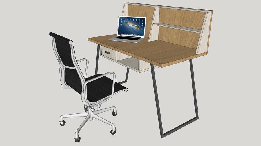 Montes Study Desk