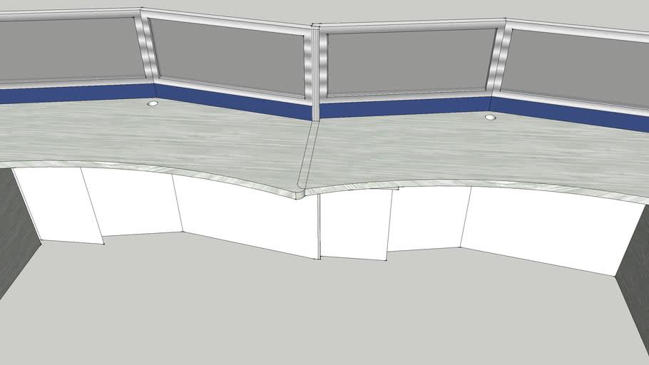 一組屏風和桌子