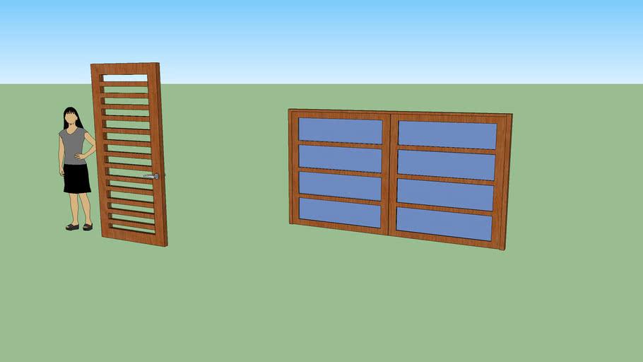 Porton de madera y puerta entrada