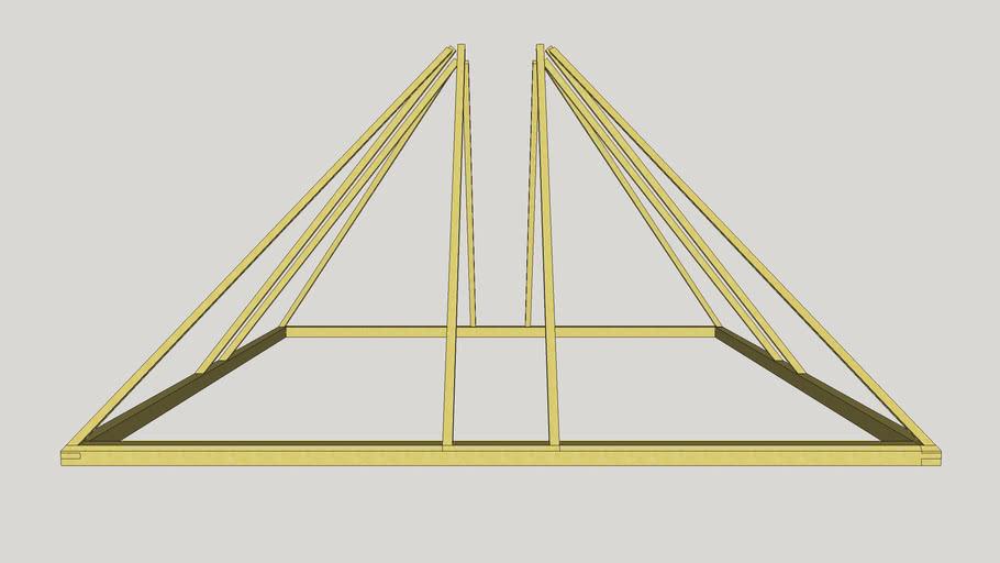Постройка в виде пирамиды