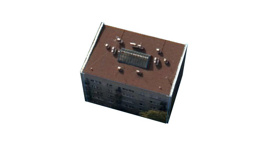 ポーランド 〒05にある建物