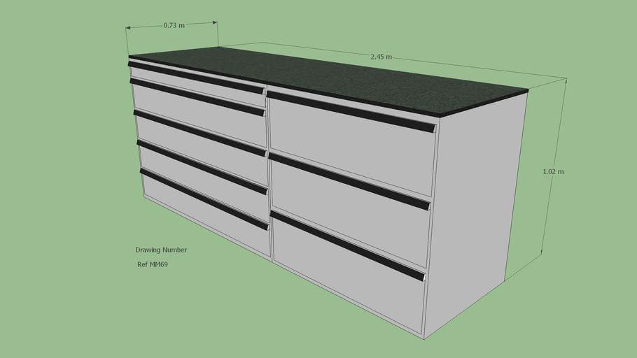 Lista Cabinets