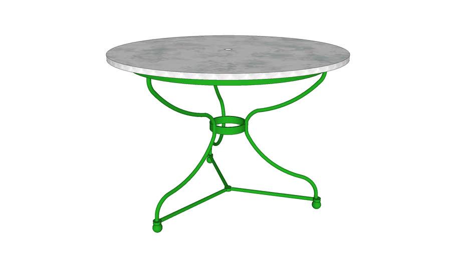 mesa jardín con mármol