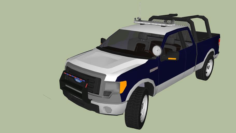 patrulla de policia equipada