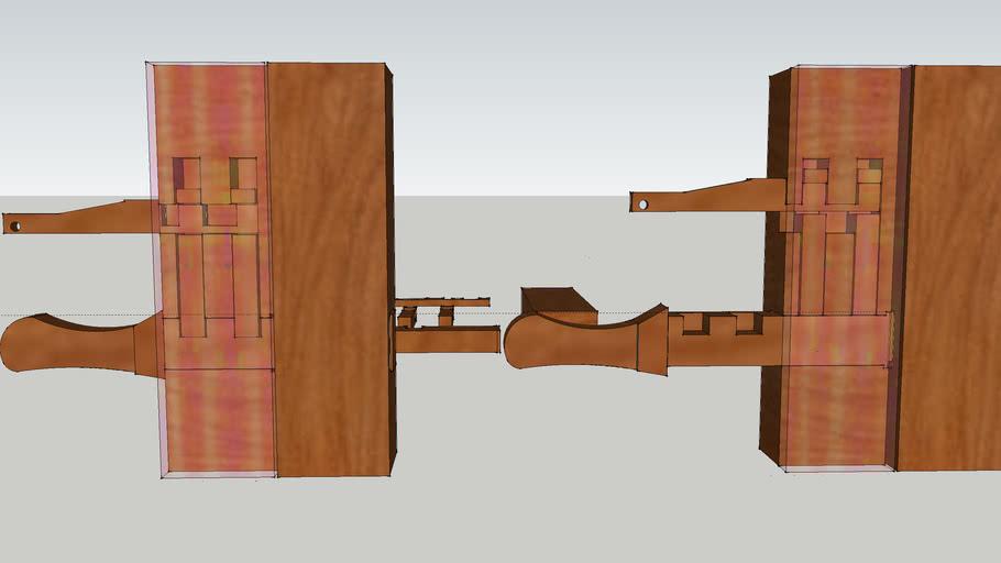 pany de fusta- wooden doorlock