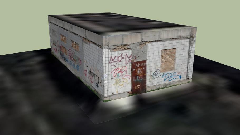Постройка на пустыре