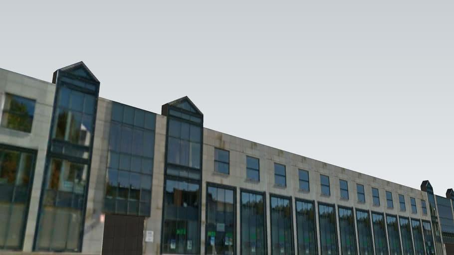 Budynek przy ul. Kopcińskiego w Łodzi