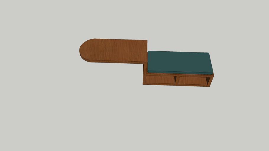 Skrivbord med dyna och förvaring