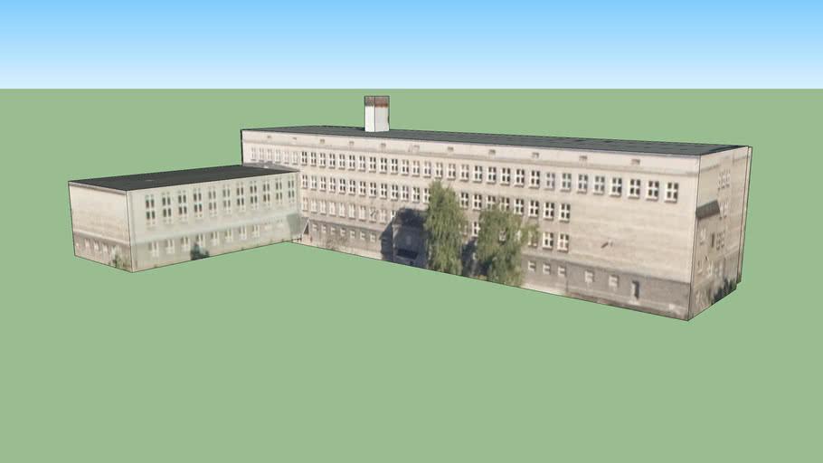 Wyższa szkoła administracyjno społeczna w Warszawie, Polska