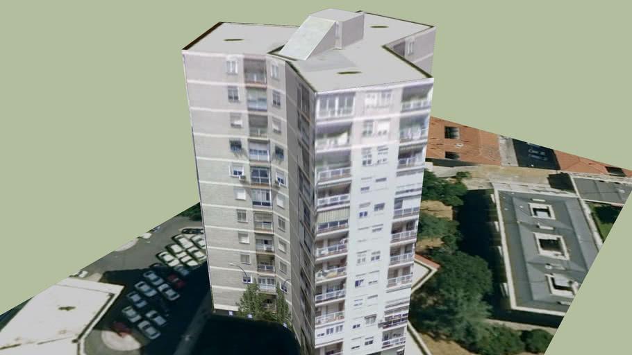 Edificio en Madrid Distrito Latina