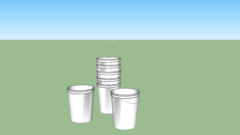 Five gallon bucket