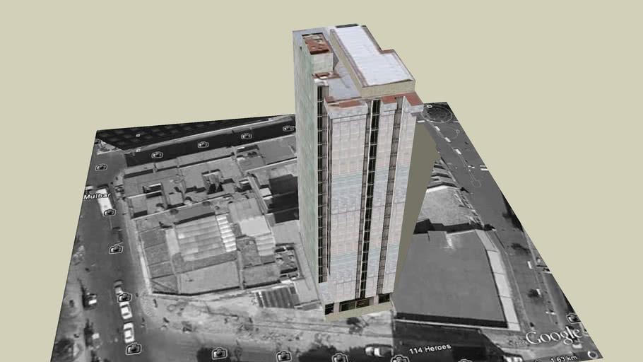 Edificio sobre calle Heroes Zona centro