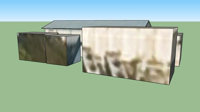 レンガ倉庫脇の青い屋根の倉庫