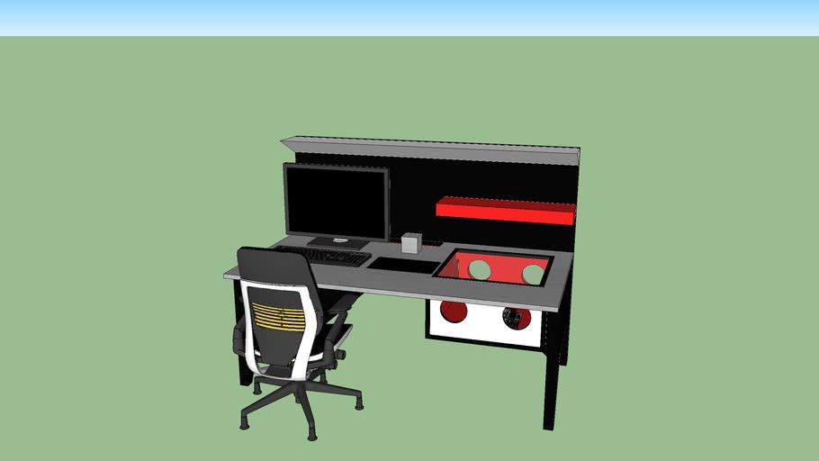 Mikie Desk