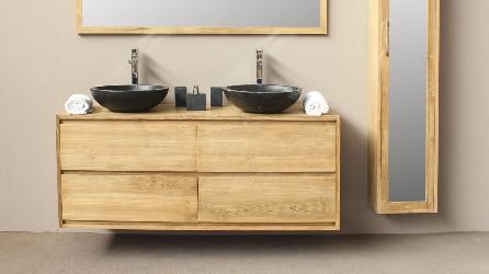 Salle de bain en teck naturel