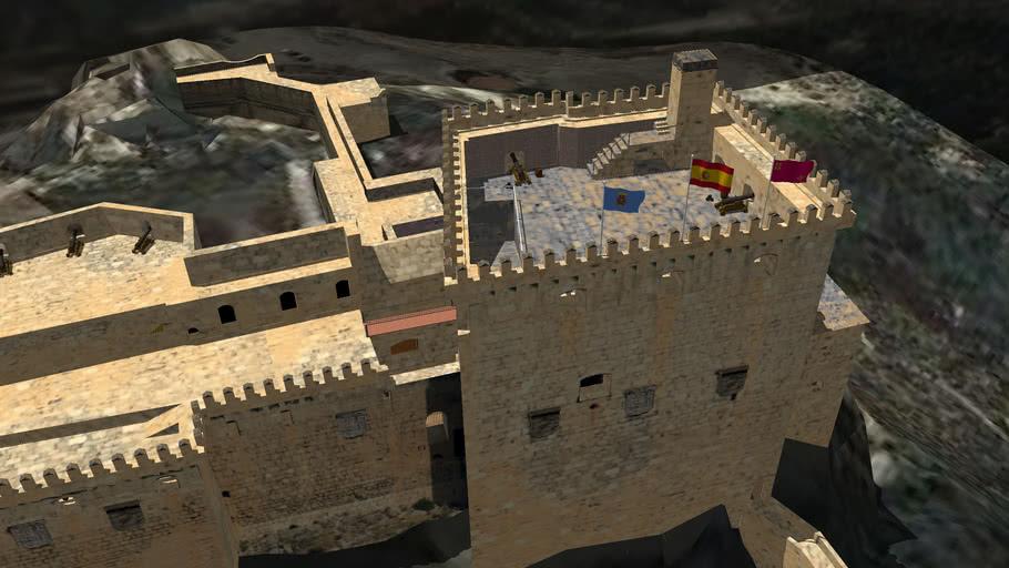 Castillo de Mula, con almenas cañones y chimenea. Murcia. España.