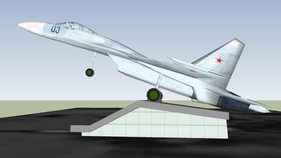 Памятник истребителю Су-27 Flanker