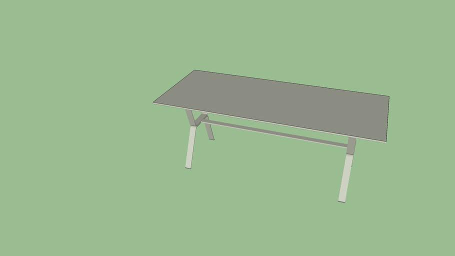 TERRACE/PATIO TABLE