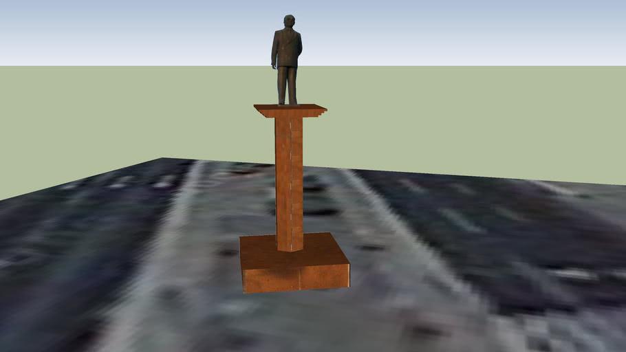 Estátua de Petrônio Portela