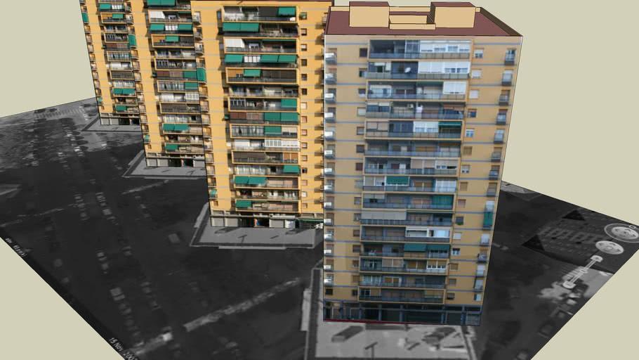 4 Edificios de viviendas y locales comerciales