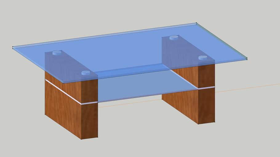Glastisch mit Holzsteher