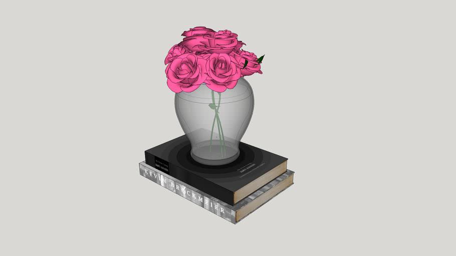 Decoração - Livros e vaso de flores