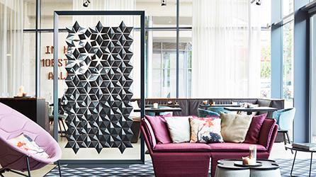 Freestanding Room Divider Facet