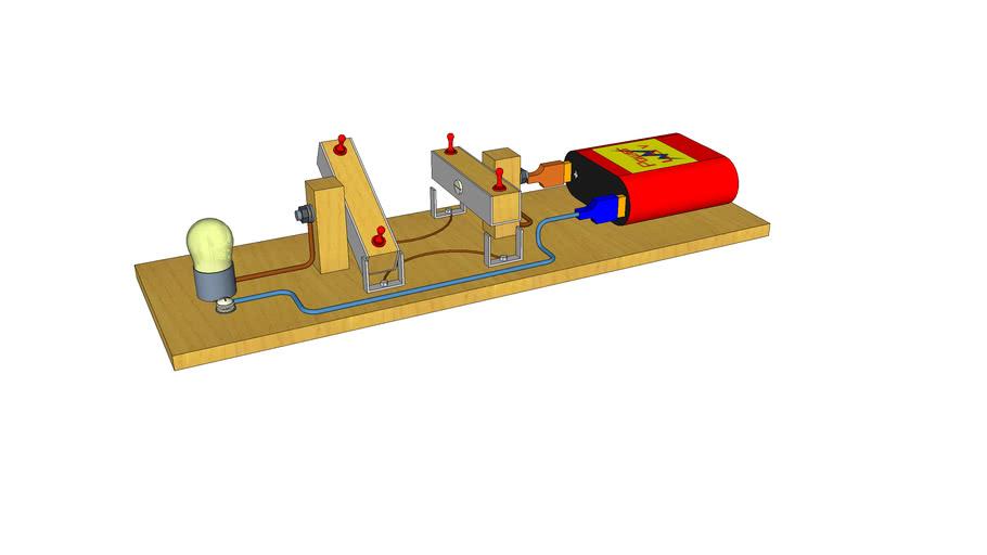 Realizzazione di un circuito elettrico con deviatori per esercitazioni elettriche