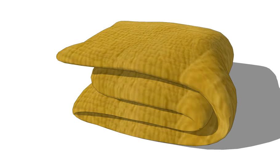 Boutis piqué en velours jaune moutarde 240 x 260 cm REF 156285 PRIX 159.90€