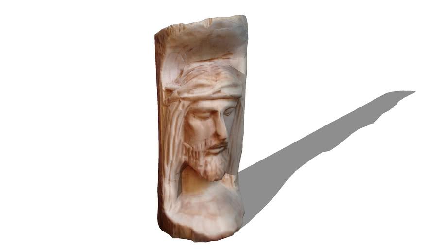 Jesús tallado en madera