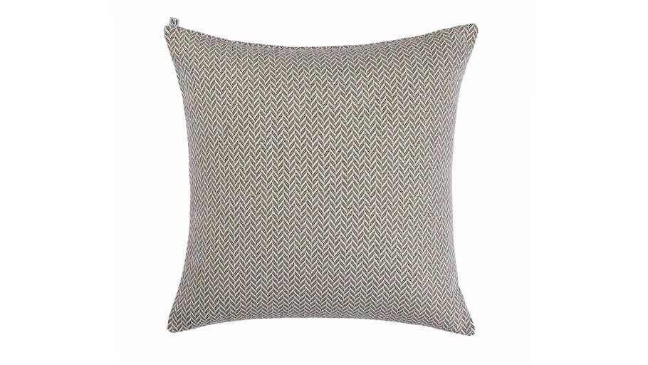 Cushion cover ALEJANDRO by Madura Shades of neutrals / 30€ - 38€ TTC