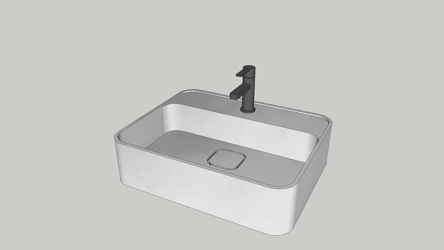 Ideal Standard Strada II Basin w/ faucet